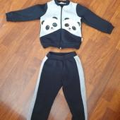"""Теплый костюм """"Панда"""" ТМ RobinZone в отличном состоянии, на рост 98 см.+-, смотрите замеры."""