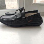 Кожаные туфли. Куплены в Турции. За блиц цену Поп ит в подарок