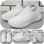 Красивые качественные летние кроссовки! Невесомые, подошва пенка! Цвет - небесные и белый.
