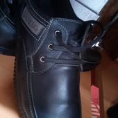 фабричне взуття повністю натуральна шкіра 40,42р шт/ін.моделі в моїх лотах