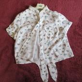 Блуза, в ідеалі, на 8-9 років