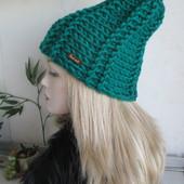Стильная шапка крупной вязки !
