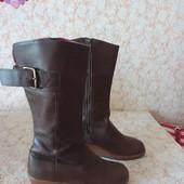 Шкіряні чобітки бренда Crocs,p 36 ст 23 см,гарний стан