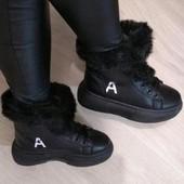 Зимние ботинки на платформе с мехом.37-40 маломер