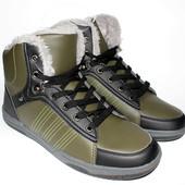 Ботинки подростковые утепленные, размеры 38,39